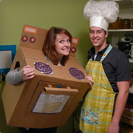 Bun in the Oven Pregnant Couples Costumes