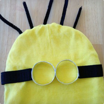 No-Sew Minion Halloween Costume