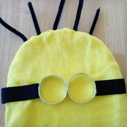 No-Sew Minion Halloween Costume