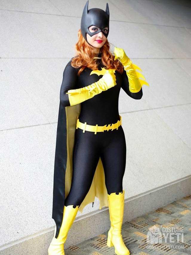 Batgirl Fists