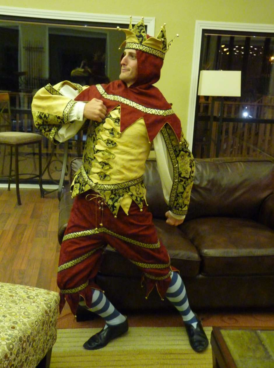 king of fools costume