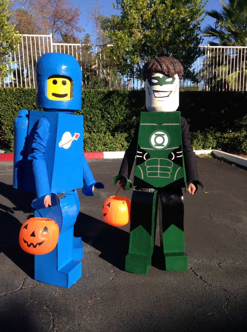 homemade lego costumes & Lego Figures Green Lantern and Benny Costumes | Costume Yeti