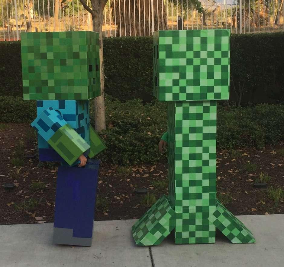 minecraft zombie and creeper