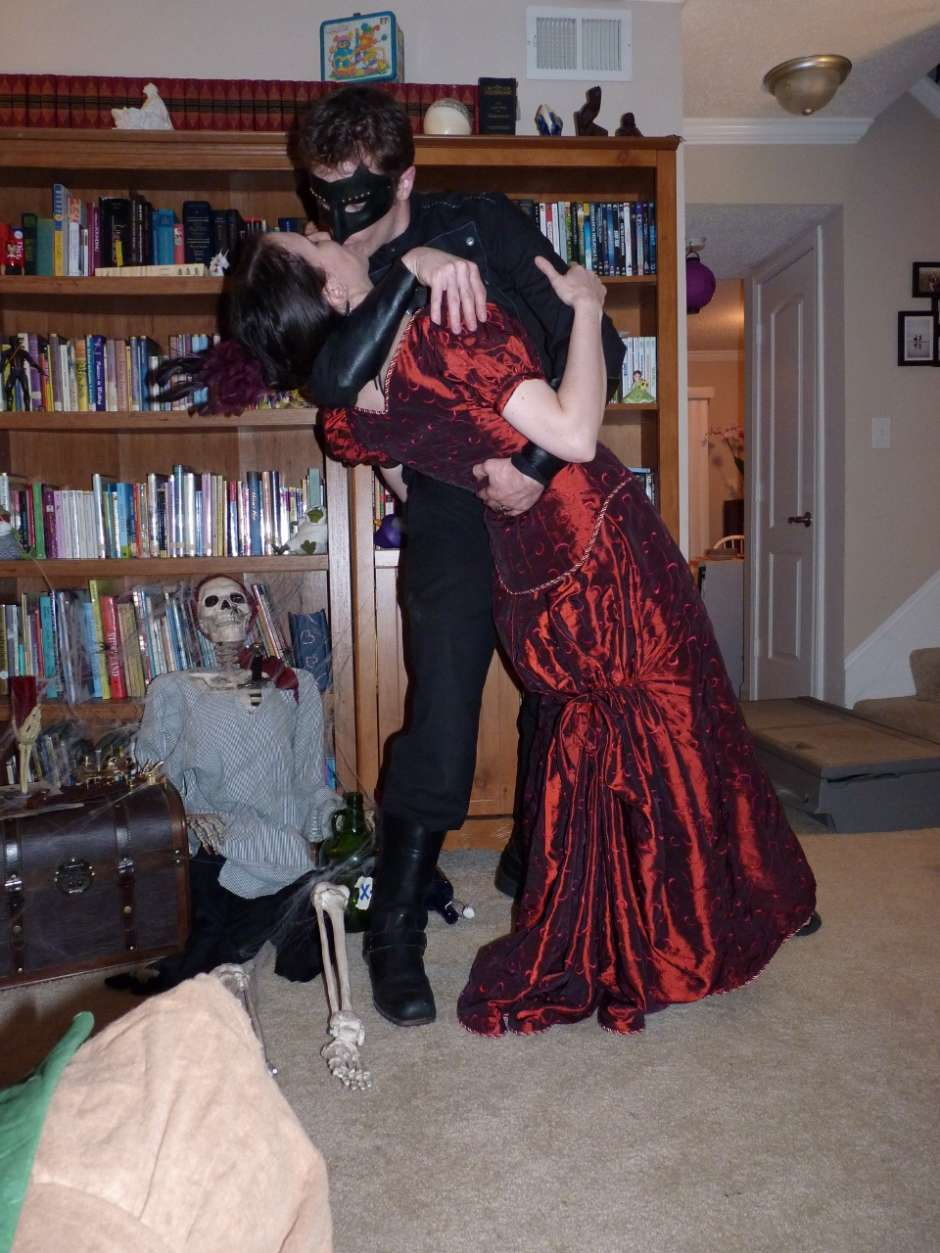 steampunk batman and vicki vail couples costumes