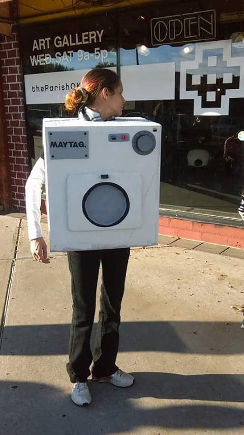 DIY Retro Maytag Washing Machine Costume