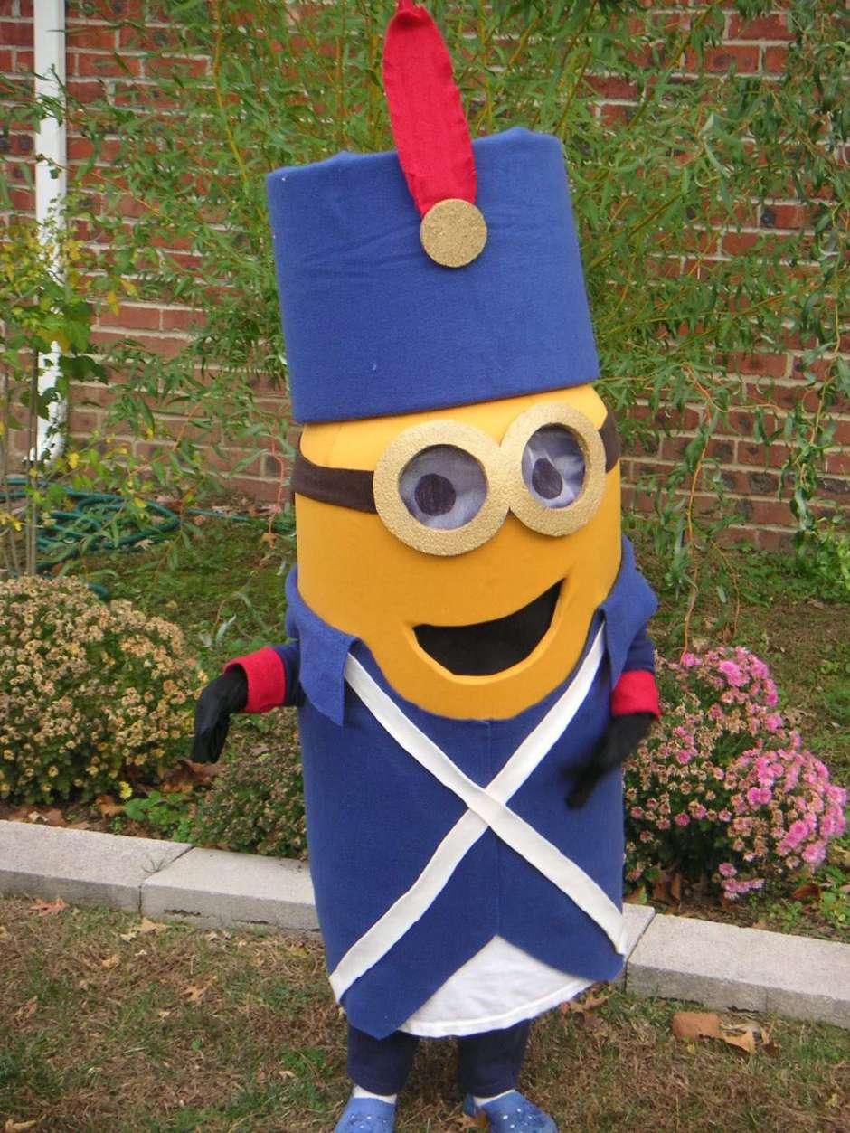 DIY Kids Viva Le Minion Costume