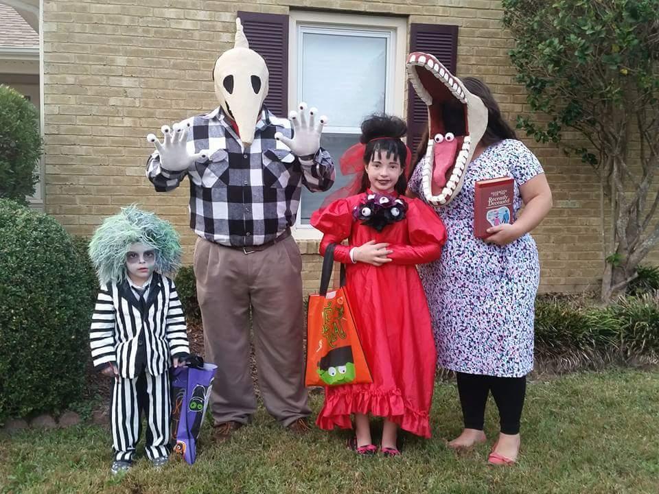 Diy Beetlejuice Family Costume Costume Yeti