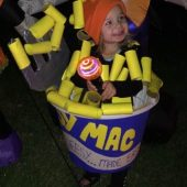 DIY Mac and Cheese Costume