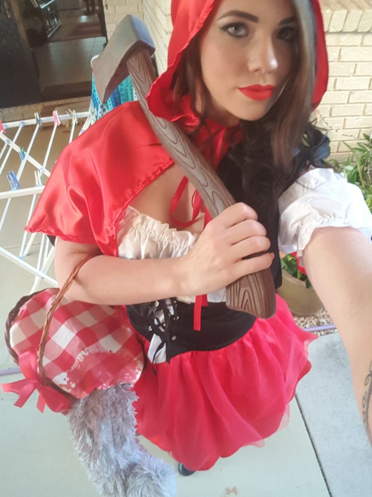 Little Red Riding Hood ( Wolf Hunter )
